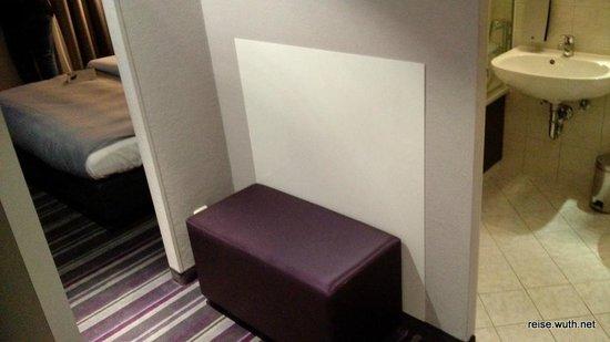 Rilano 24/7 Hotel München: Flur