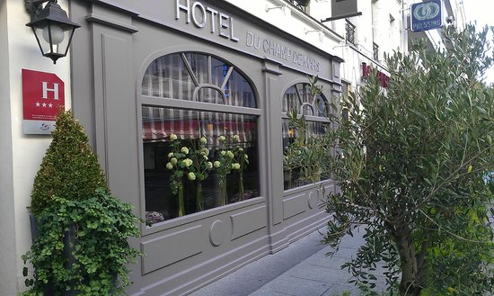 Hotel du Champ de Mars: such a lovely hotel