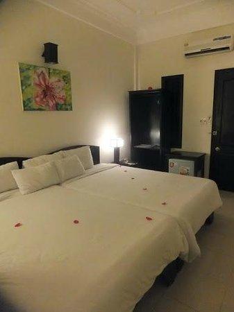 Jade Hotel: Bedroom