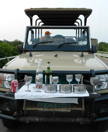 Rhino Post Safari Lodge: Sundowner Jeep