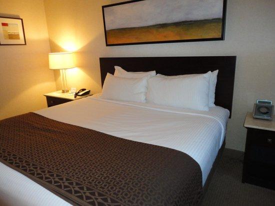 Harrah's Gulf Coast: The perfect bed!