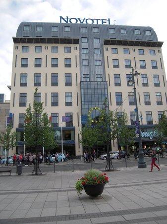 Novotel Vilnius from across the street