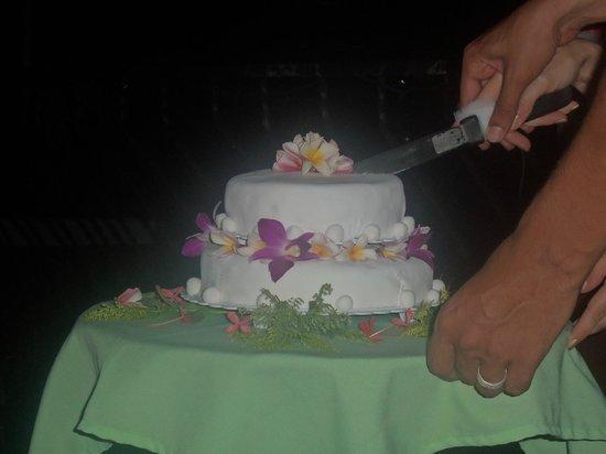 Conchal Hotel: nuestro queque de boda - el mejor del mundo!