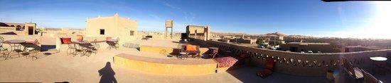 Guest House Merzouga: terrace
