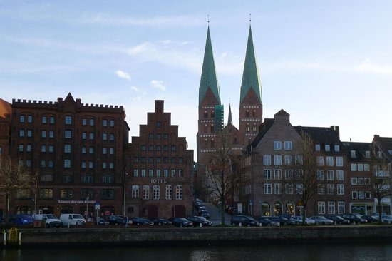Hotel Anno 1216: Hotel view from across the river