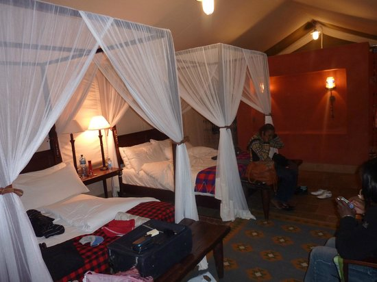 Fairmont Mara Safari Club: The tent - sleeps 4