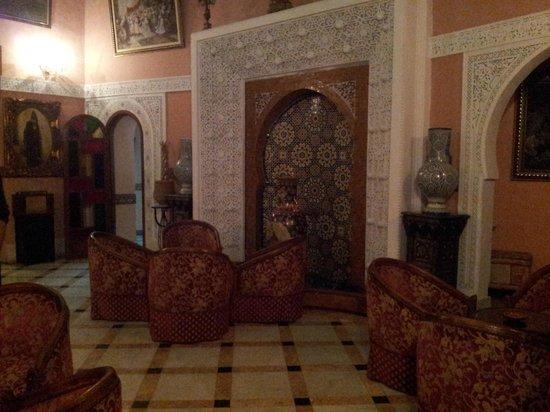 Hotel Transatlantique: Sfeervolle hal
