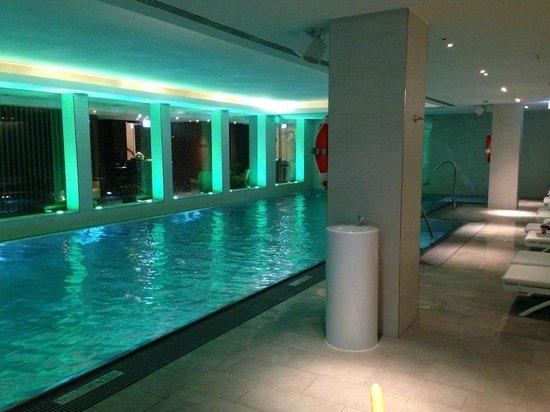 The Ritz-Carlton, Vienna: pool