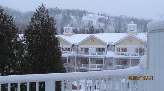 Chateau Beauvallon Mont Tremblant: vue de la chambre