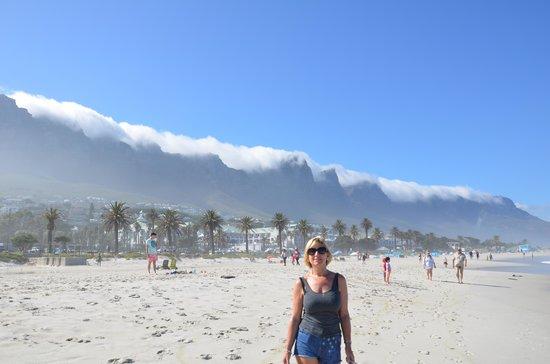 Twelve Apostles : walk on the beach...