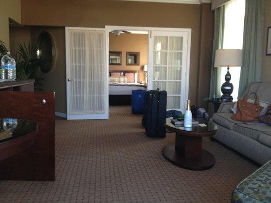 The Georgian Hotel: corner suite