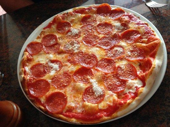 Rustico Restaurant & Pizzeria : Pizza