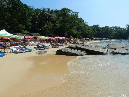 Laem Sing Beach: ...granito...
