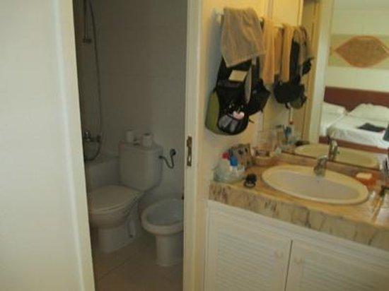 Hotel Oasis Belorizonte : badrum i bungalow