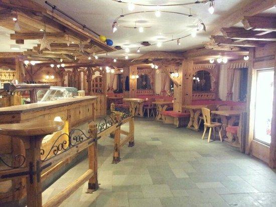 Hotel Cendevaves: il bar