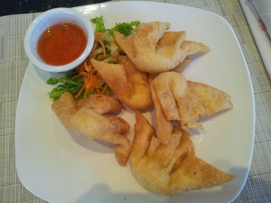 Kim Son Cafe: Crab Rangoon