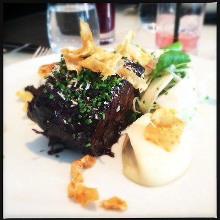 Hawksworth Restaurant : Angus beef with wasabi mash potato