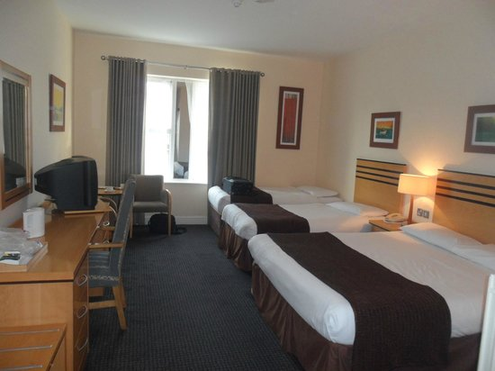 Breaffy Woods Hotel: nore of the bedroom