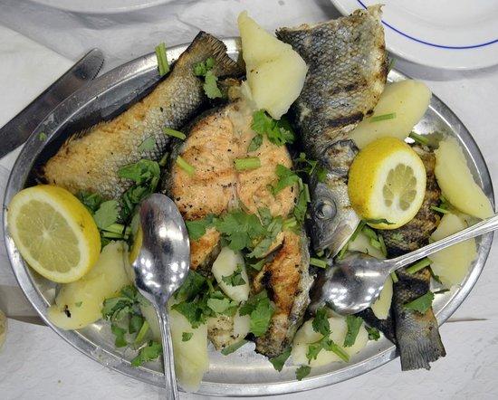 Restaurante Rio Coura: Mix fish plate