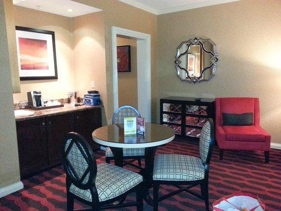 Eldorado Resort Casino: living area