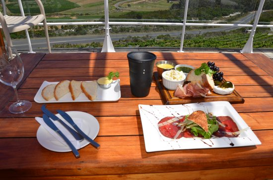 La Vierge Restaurant: Great wine accompaniments