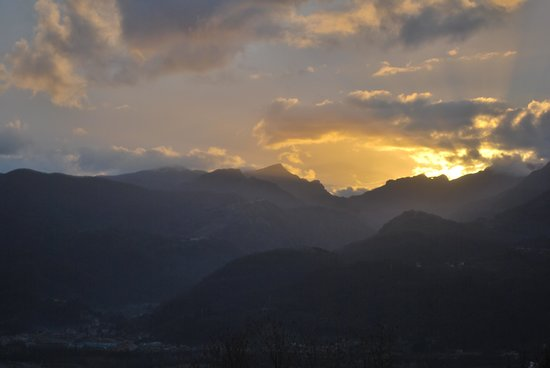 Renaissance Tuscany Il Ciocco Resort & Spa: Sunset