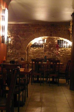 Garlic Pub : Вид на зал