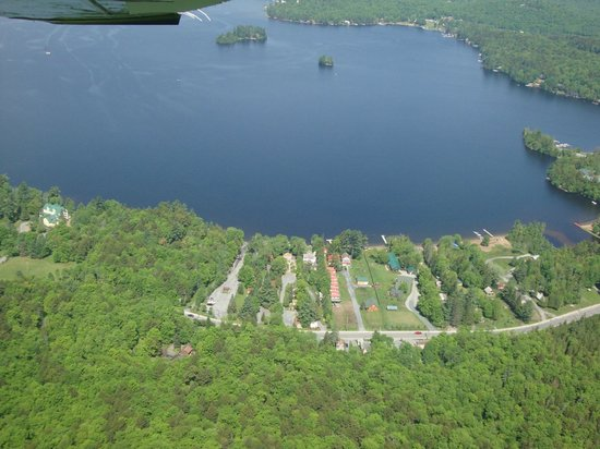 Stiefvater's Lakeside Cottages: View from the sky