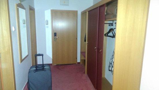 Hotel Hubert: room second picture