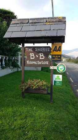 The Shores Country House : The Shores B&B sign