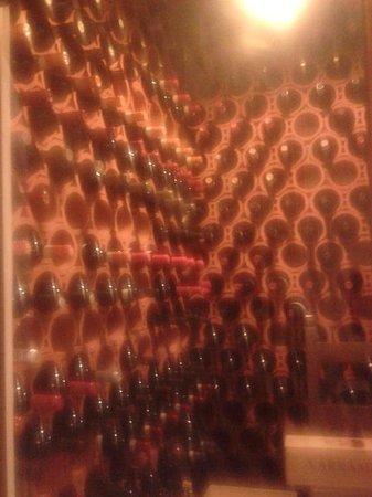 Osteria San Paolo : Cantina vini