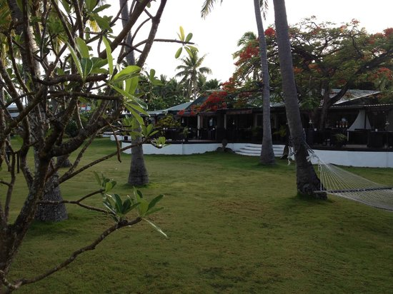 Lomani Island Resort: Restaurant view