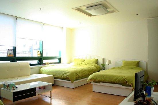 Rio House Hongdae: Bedroom