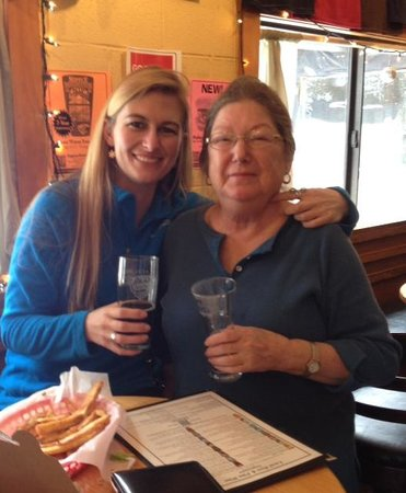 Pagosa Brewing & Grill : Mom/Daughter - great food, drink, etc.