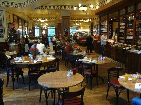 The Ritz-Carlton, Berlin: Breakfast Buffet