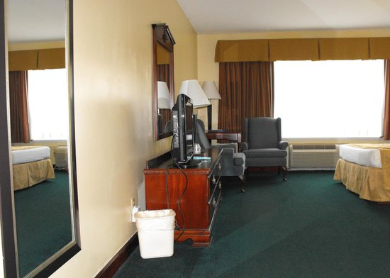 BEST WESTERN West Greenwich Inn: Accessible bedroom