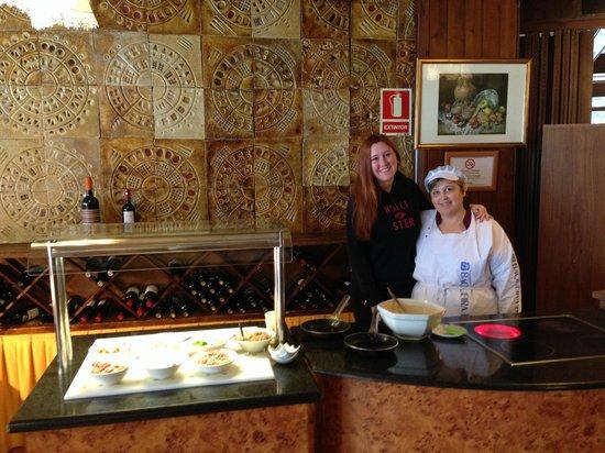 Hotel Montarto: Las famosas tortillas de los desayunos.