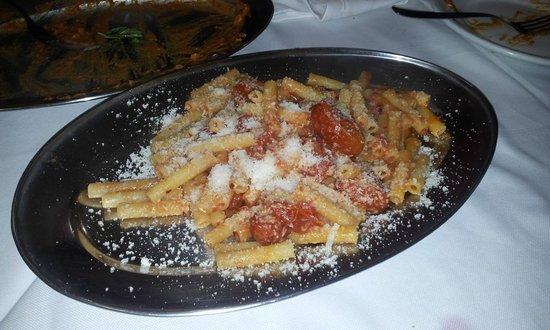 Toto Eduardo E Pasta E Fagioli: ziti con pomodorini