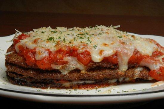 Alongi's Italian Restaurant: Eggplant parmigiano