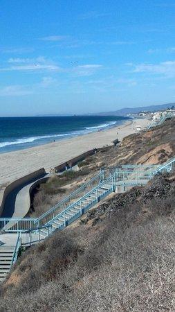 Carlsbad Inn Beach Resort : Steps to beach