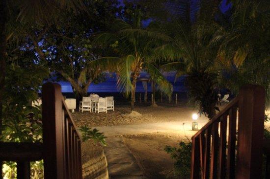 Couples Swept Away : Loved our Beachfront Verandah