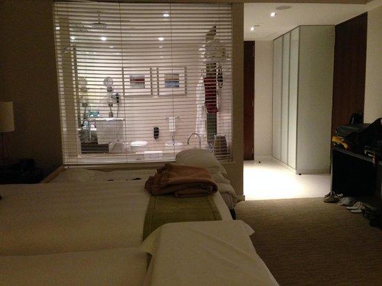 Crowne Plaza Dubai Festival City: Spacious Room