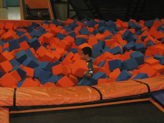 Oaks, PA: Foam Pit you jump into