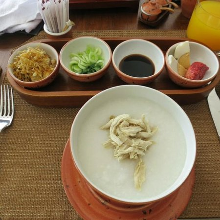 Fairmont Sanur Beach Bali: Cooked to order congee breakfast