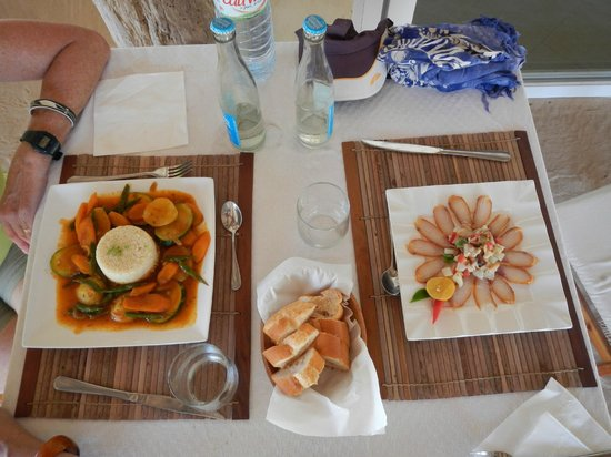 Arboretum d'Antsokay Bungalows: One of the best resturants we had in Madagascar