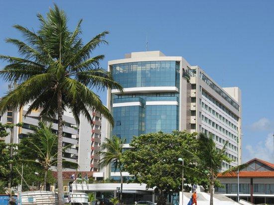 Best Western Premier Maceio: O hotel visto da praia