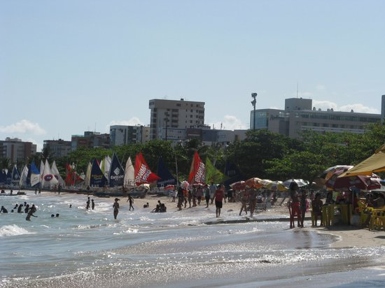 BEST WESTERN PREMIER Maceio: Em frente ao hotel - praia de Pajuçara