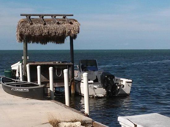 Gulf View Waterfront Resort: DOCK AT RESORT