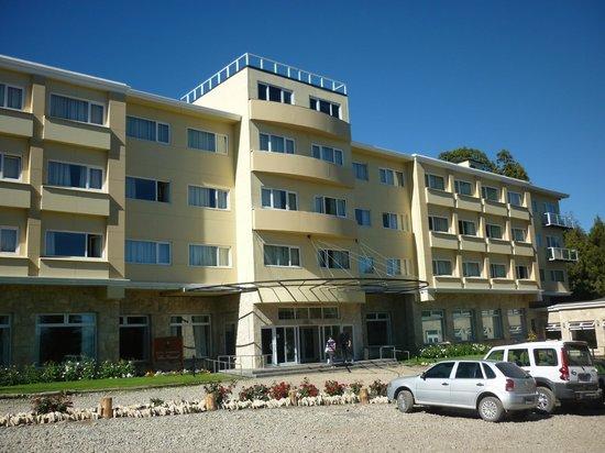 Villa Huinid Hotel Pioneros: Frente do hotel