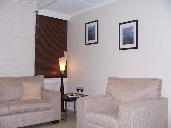 Pelican Sands Scamander : Living area of refurbished 2 bedroom apartment